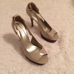 Guess Ivory Open-Toe Sling Back High Heels Size 8